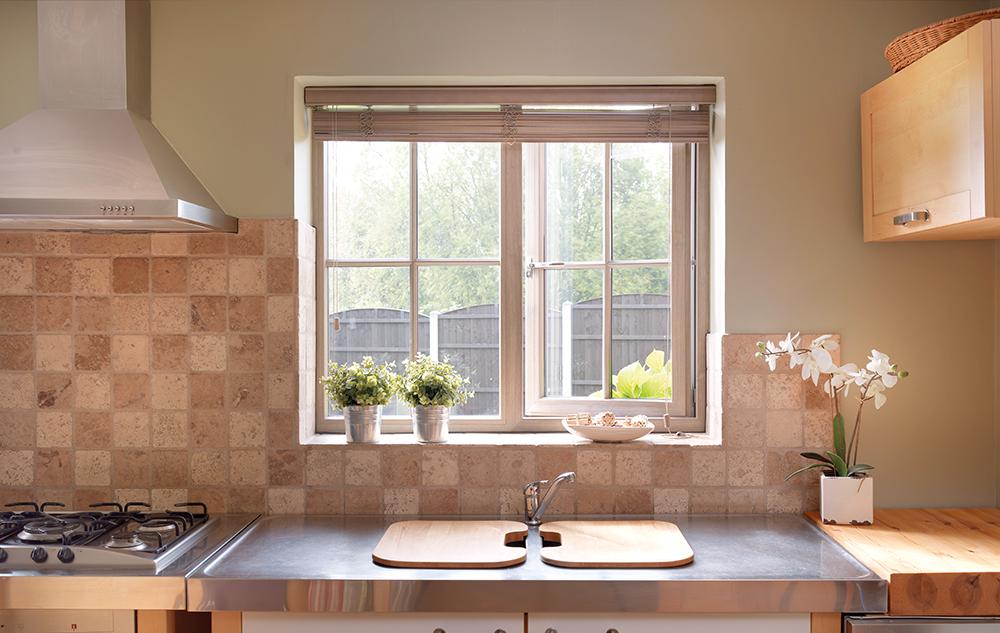 Upvc casement windows dunmow double glazing for Installing casement windows